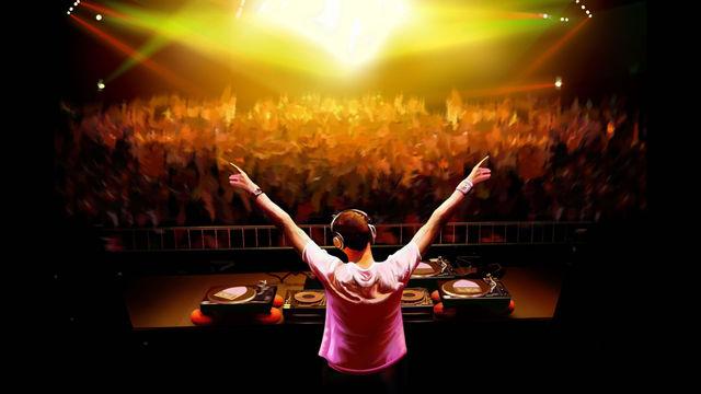 Nuevos temas de David Guetta para DJ Hero