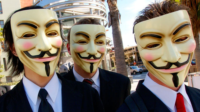Anonymous amenaza a Zynga