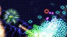 Pantalla Geometry Wars: Retro Evolved