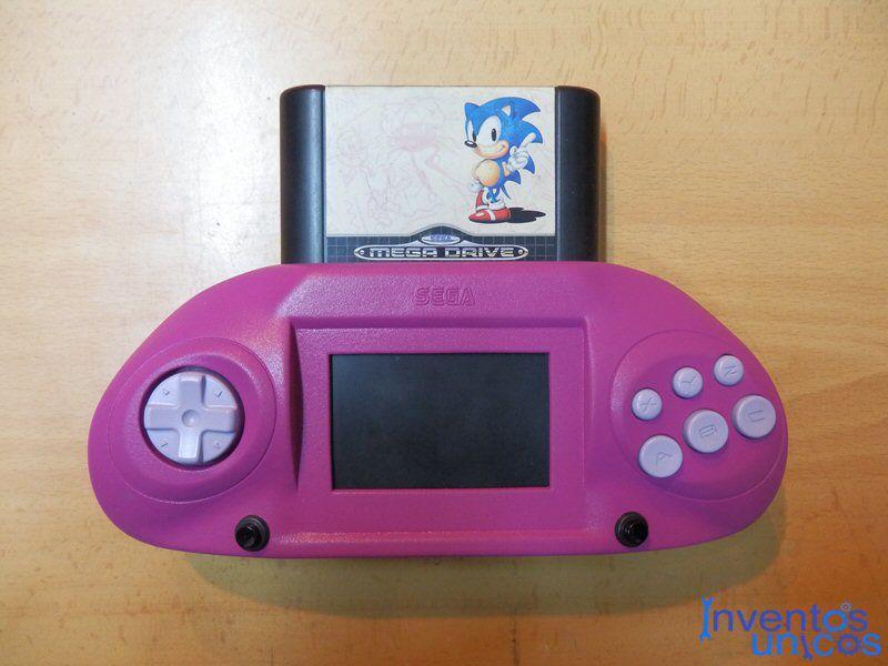 Amor Friki: le regalo a su novia un Sega
