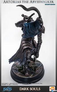 First 4 Figures announced a figure of Dark Souls Artorias