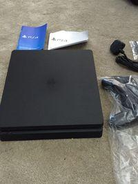 images of a supposed model 'slim' of PlayStation 4 Leaked