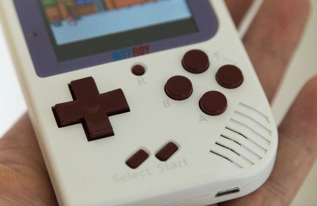 BittBoy: una console portatile di piccole dimensioni per gli amanti del retrò