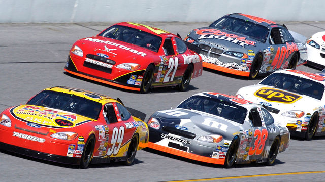 NASCAR 2011 sólo estará disponible en Estados Unidos