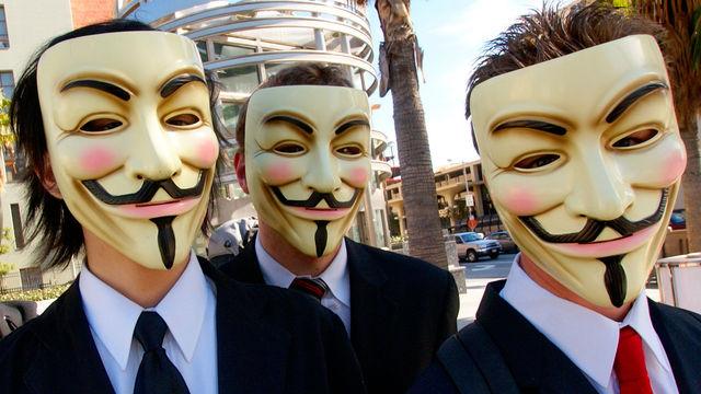 Detenidos catorce supuestos miembros de Anonymous en EE.UU.